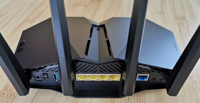 The ports on the back of the ASUS RT-AX82U