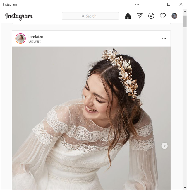 The Instagram app for Windows 10 doesn't allow you to post pictures