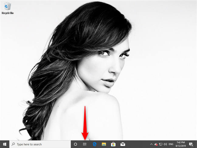 The Task View button in Windows 10