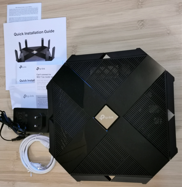 TP-Link Archer AX6000 - What is inside the box