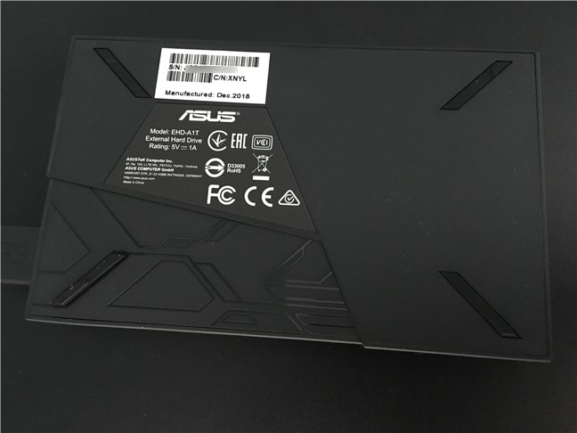 The back of the ASUS FX HDD
