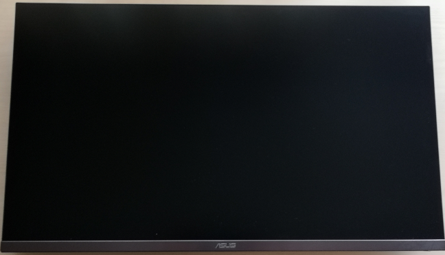 The display of the ASUS ProArt PA32UC