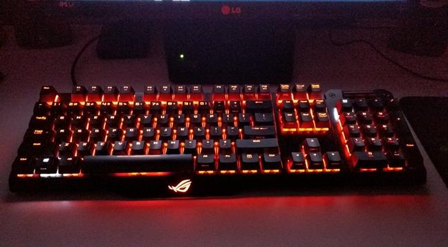 ASUS ROG Claymore, keyboard