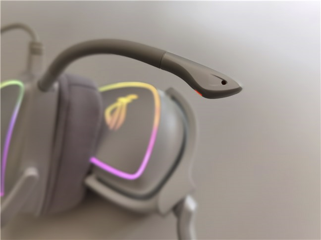 The microphone on the ASUS ROG Delta