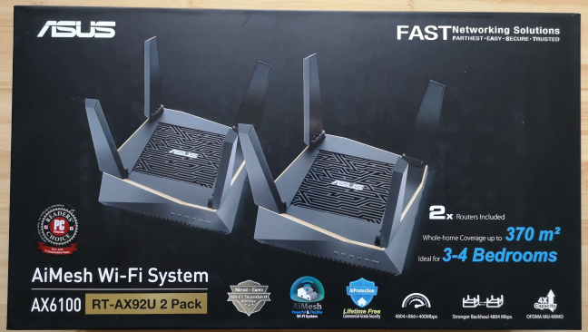 The packaging used for ASUS RT-AX92U
