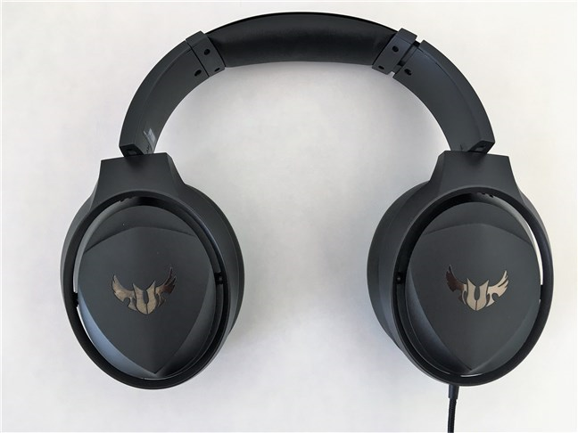 The ASUS TUF Gaming H5 headset seen from above