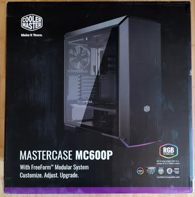 The packaging used for Cooler Master MasterCase MC600P