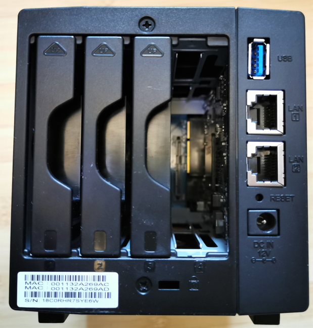Synology DiskStation DS419slim - the ports and bays on the back