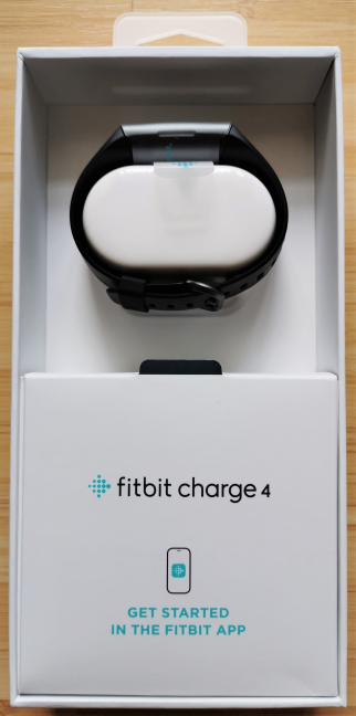 Unboxing the Fitbit Charge 4
