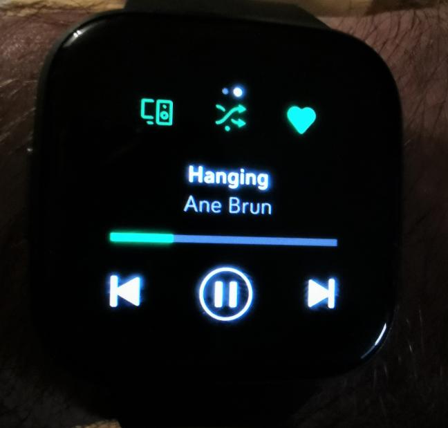 Fitbit Versa 2 - Spotify remote control