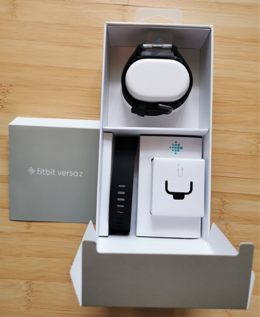 Unboxing the Fitbit Versa 2