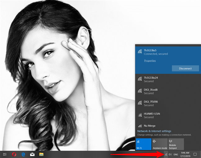 Windows 10, showing the wireless networks in your area
