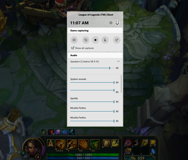 Using the Game bar in League of Legends