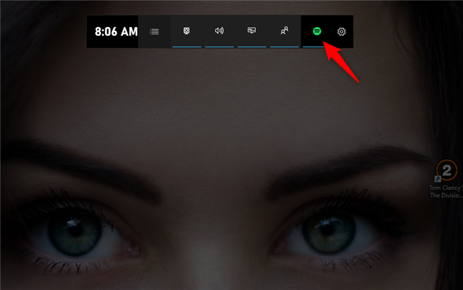The Spotify button from the Xbox Game Bar