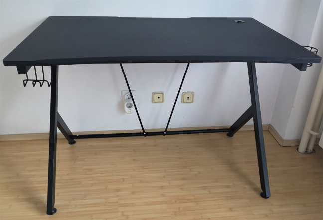 The Trust GXT 711 Dominus gaming desk