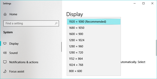 The Display Resolution options available in the Windows 10 Settings