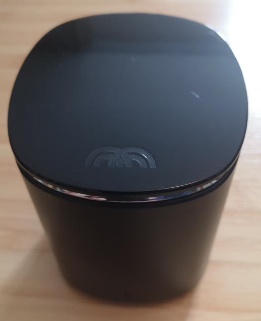 The Mercku M2 wireless router