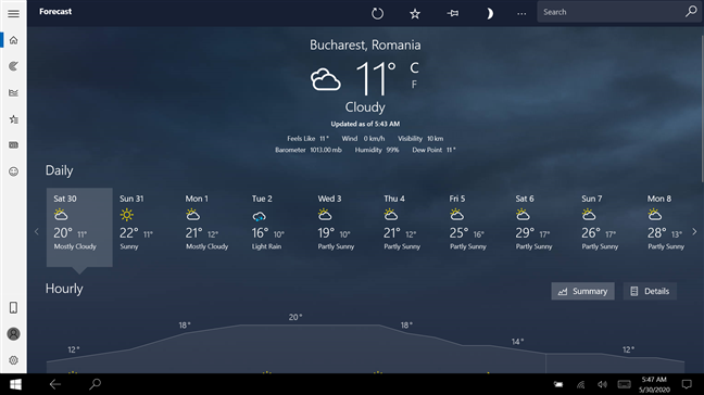 The Weather app maximized in Tablet mode