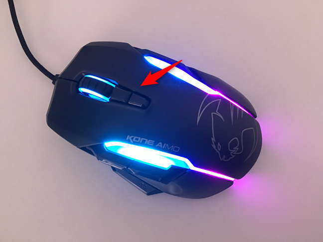 The DPI buttons found on ROCCAT Kone AIMO