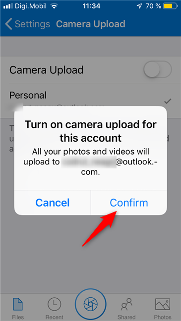 Enabling the camera roll upload in OneDrive for iPhone