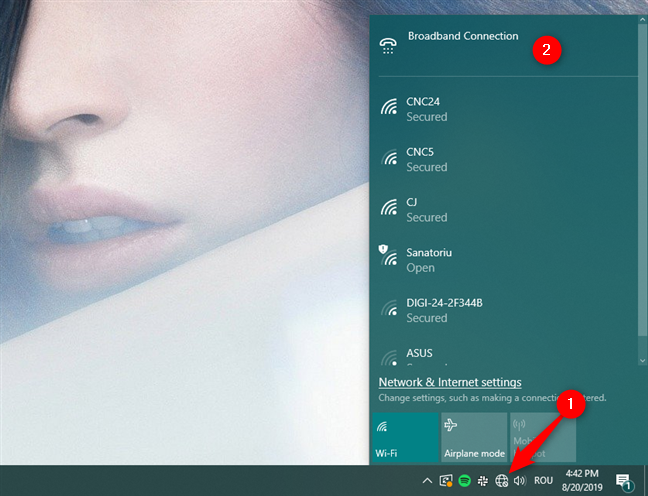 The PPPoE Connection is shown in the networks list from the taskbar