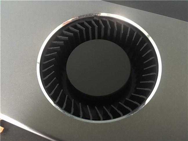The blow fan on the AMD Radeon RX 5700