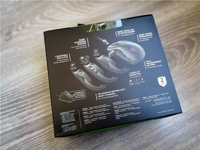 Razer Naga Pro: The back of the box