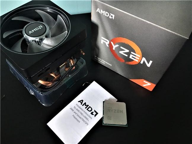 AMD Ryzen 7 3700X - What is inside the box
