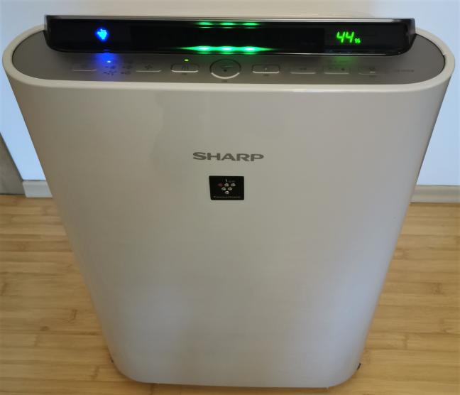 Sharp UA-HD60E-L turned on