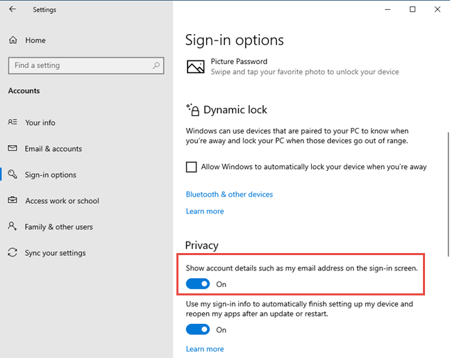 Hide or show the email address on the Windows 10 sign-in screen
