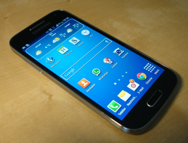 smartphone-325479_1920.png