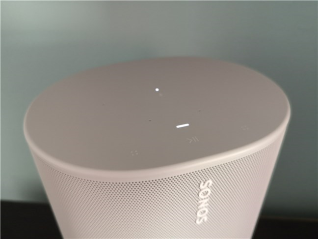 The top of the Sonos Move with the touch controls, microphones, and LED indicator