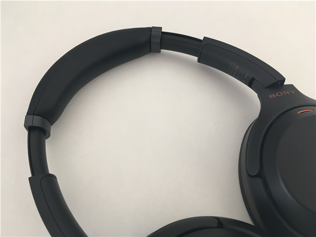 The headband of the Sony WH-1000XM3 wireless headset