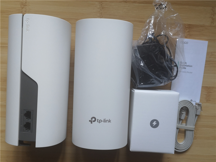 TP-Link Deco E4 - what you find inside the box