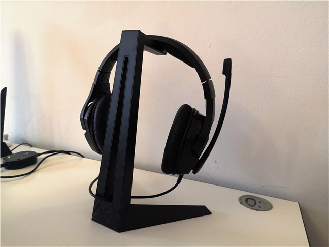 The back of the Trust GXT 260 Cendor Headset Stand