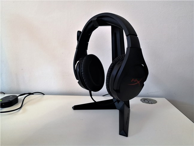 A view of the Trust GXT 260 Cendor Headset Stand