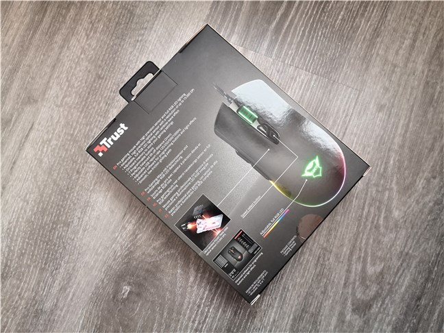Trust GXT 900 Kudos gaming mouse: The back of the box