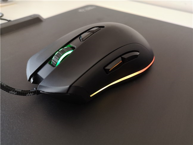 The Trust GXT 900 Kudos gaming mouse is designed only for right-handed users