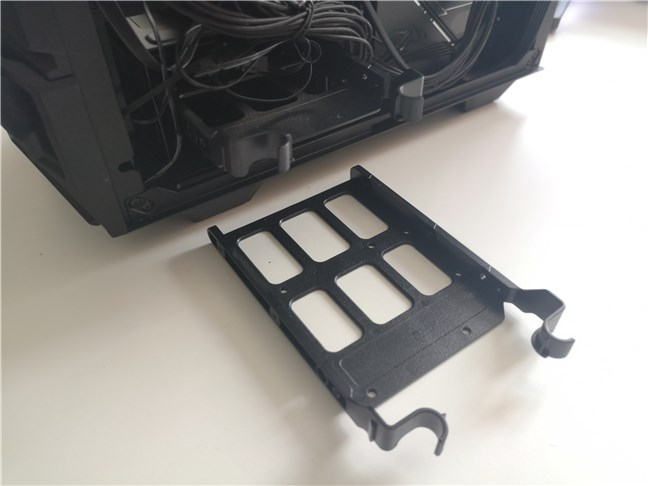 "The 3.5"" bays on the ASUS TUF Gaming GT301 computer case"