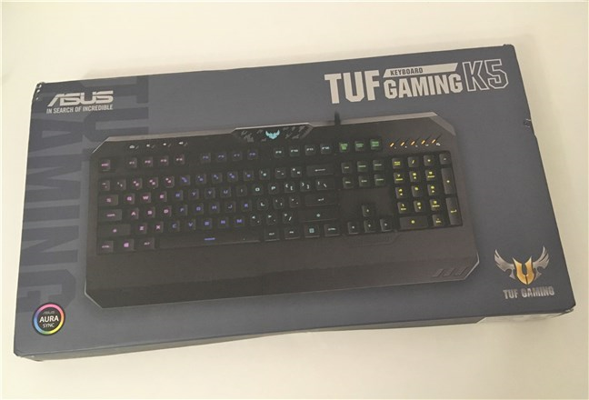 The top of the ASUS TUF Gaming K5 package