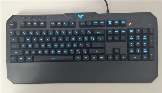 Bird view of the ASUS TUF Gaming K5 keyboard