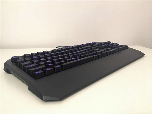 A perspective view of the ASUS TUF Gaming K5 keyboard