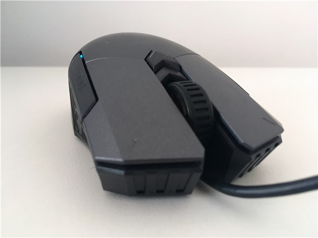 The buttons, and the scroll wheel, on ASUS TUG Gaming M5 mouse