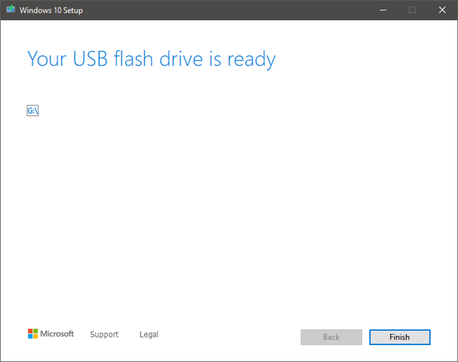 Finalizing the process of a USB drive with the Windows 10 installation