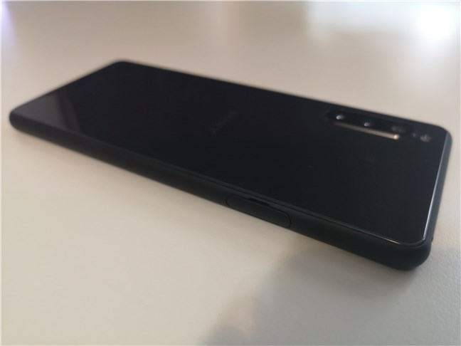 Sony Xperia 10 II: View from the back