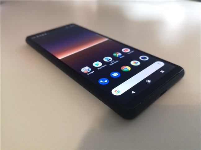 Sony Xperia 10 II: Perspective view