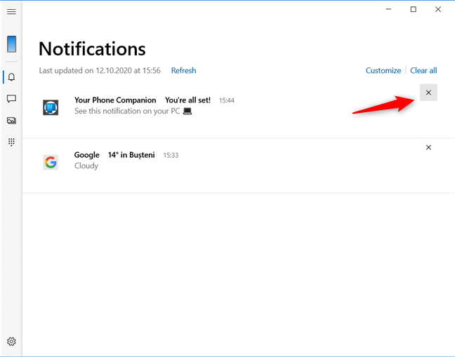 Clearing a notification from the Windows 10 Your Phone app