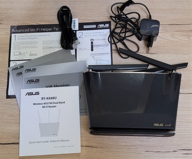 Unboxing the ASUS RT-AX68U