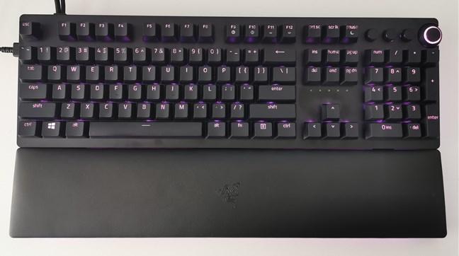 Razer Huntsman v2 Analog with RGB lighting