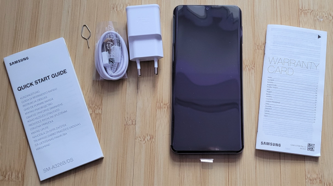Samsung Galaxy A32 5G: Everything found inside the box